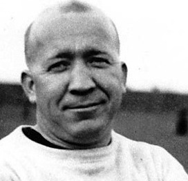 Knute Rockne:  Coach For A Nation